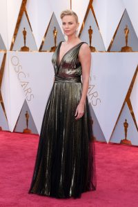 charlize-theron-oscars-2017-red-carpet-in-hollywood-2